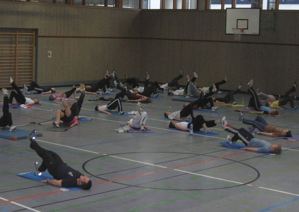"Trainingsstunde ""Bauch Beine Po"""